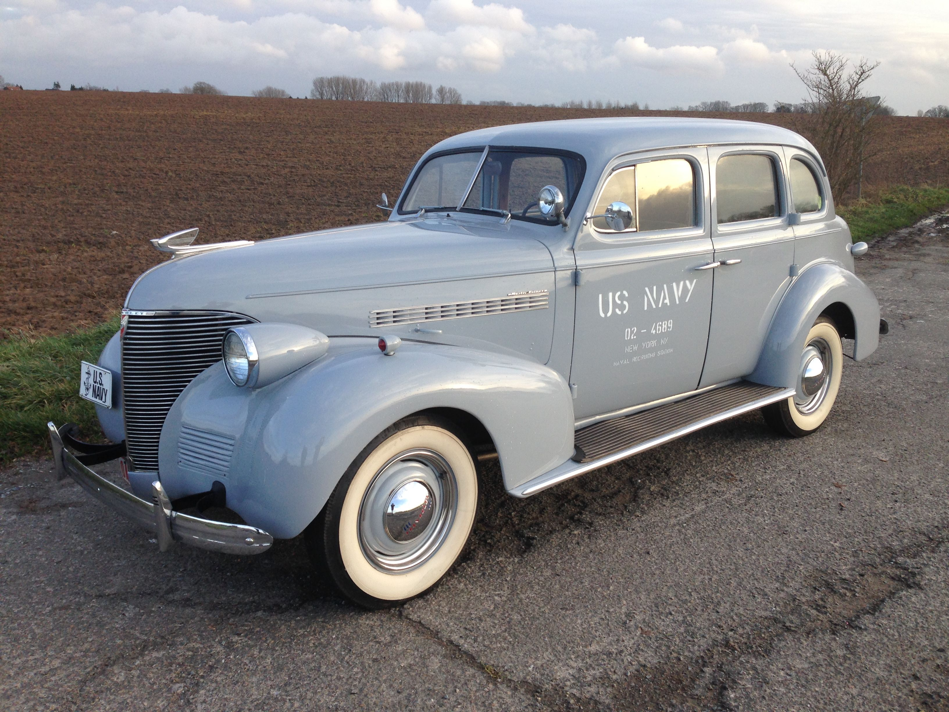Looking for a WW2 vehicle? Here is...Chevrolet staff car